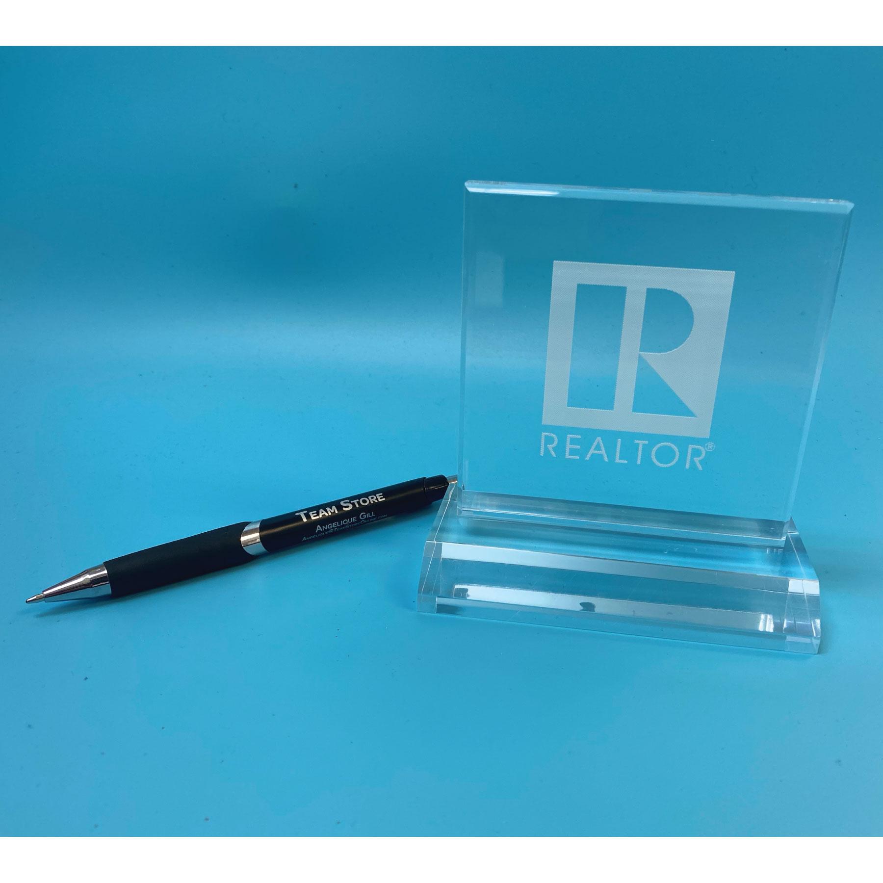 Selma Acrylic Desktop REALTOR® Logo - RTS4903